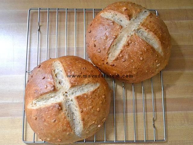 برای برش نان ها عجله نکنید اجازه بدهید خنک شود